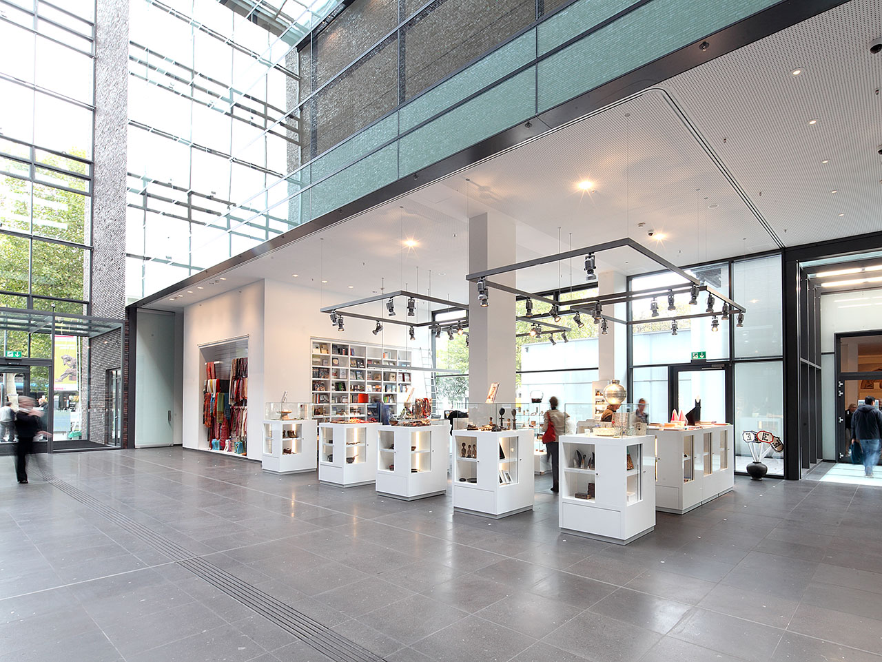 Kulturzentrum-am-Neumarkt---Shop.jpg